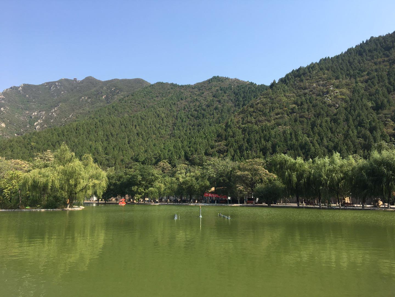 水上游船游客须知_呐喊喷泉上线   燕子湖水上乐园